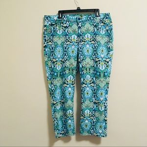 2/$15 Jones New York Chelsea Cuffed Capris 16